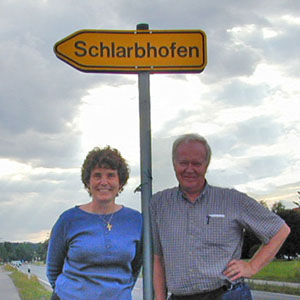 Joy and Roger visit Schlarbhofen, July 2001